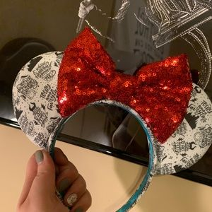 Taylor Swift Mickey Ears